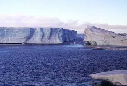 antarctic_wideweb__430x2931.jpg