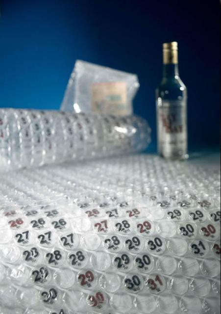 bubble_wrap_calendar1.jpg